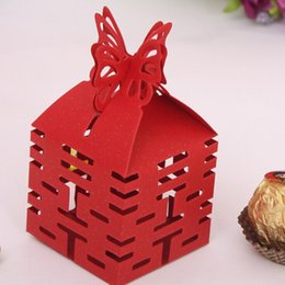 wholesale free shipping 50 pcs decoupage chinese wedding favor boxes butterfly double happiness red wedding party candy box favor gifts in bulk