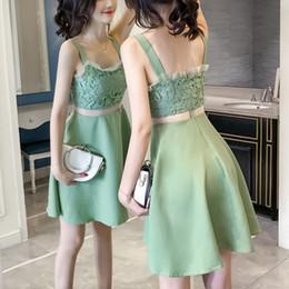6b7bbf513c4 2019 elegante kurze grüne kleider Vestidos Spitzenkleid Elegante Grüne  Frauen Kurze Dünne Abschlussballkleider Ärmellos V-