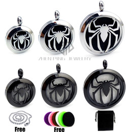 Wholesale Locket Men - Chain as gift! Round Steel Spider-Man (20-30mm) Stainless Steel Essential Oils Diffuser Locket Aromatherapy Locket Pendant with Chain