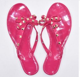 Wholesale Rubber Flip Flop Bow - New Summer Women Flip Flops Slippers Flat Sandals Bow Rivet Fashion Pvc Crystal Beach Shoes