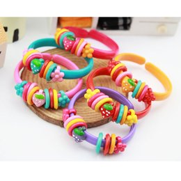 Wholesale Girls Flower Bracelets - Multi Style Girls cute Plastic Beaded Bracelets Flower Strawberry Beetle Ladybird multicolor bracelets for birthday party children gifts
