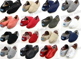 Wholesale Men Casual Loafers Shoes White - FREE SHIPPING Size 35-45 Wholesale Brand Fashion Women Solid sequins Flats Shoes Sneakers Women and Men Canvas Shoes loafers casual shoes