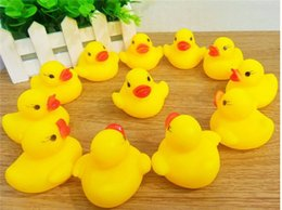 Wholesale Rubber Duck Cartoon - High Quality Baby Bath Duck Toys Sound Mini Yellow Rubber Duck Bathtub Duckling Toys Children Swimming Beach Gift
