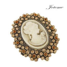 Wholesale Victorian Brooches - 100PCS Lot Vintage Style Victorian Design Lady Queen Brooch With Diamante Hot Selling Victoria Queen Pins Brooches Scarf Pins FOR SALE