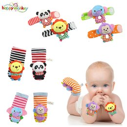 i calzini dei giocattoli Sconti All'ingrosso-Happy Monkey Baby Infant Cute Animal Wrist Sock Foot Sonagli Soft Developmental Toys Finders