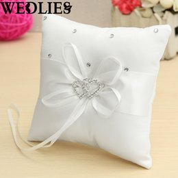 Wholesale Romantic Dual Hearts Satin Pillow White Cushion Pad Wedding Events Ring Bearer Bridal Shower Party Gifts Favor Supplies 15x15cm UK