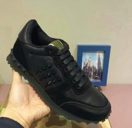 Wholesale Top Men Models - New style model 010 eu38-46size man v rivet shoes hot sale men Casual v brand Shoes top quality leather make free shipping