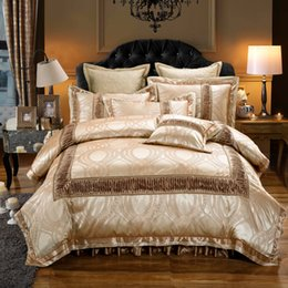 Wholesale Pillowcase Skirt - Wholesale- luxury royal golden jacquard wedding bedding set king queen size bed set duvet cover set thick bed spread bed skirt pillowcases
