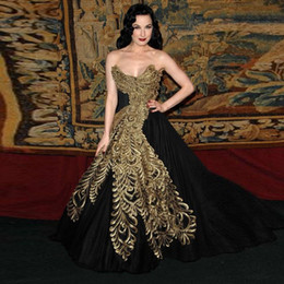 Wholesale Two Piece Night Club Wear - Black Vintage Ball Gown Sweetherat Evening Gown 2017 Gold Embroidery Women Night Party Dress Turkish Formal Gown Abendkleider