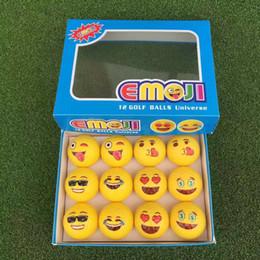 Divertenti regali da golf online-New Emoji Funny Golf Balls 12 Styles Yellow Ball Golf Gioco Accessori da allenamento Accessori in gomma sintetica Double Deck 45yd J1
