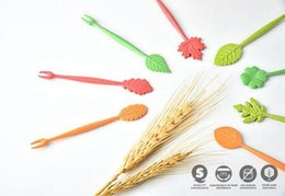fruit picking tool Coupons - 16pcs Green Biodegradable Natural Wheat Straw Leaves Fruit Fork Set Party Cake Salad Vegetable Forks Picks Table Decor Tools