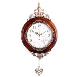 madeira maciça antiga Desconto Venda por atacado- Novo relógio de parede europeu de madeira maciça moda moderna luxo antigo relógio de parede de pêndulo decoração de casa movimento do relógio de quartzo silencioso