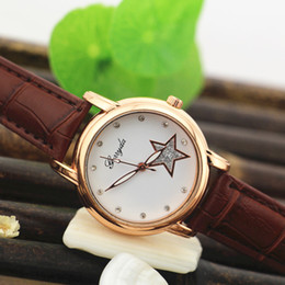 Wholesale Red Star Belt Buckle - Free shipping!PVC leather band,crystal deco dial,star imprint,gold plate case,quartz movement,Gerryda fashion woman lady quartz watches