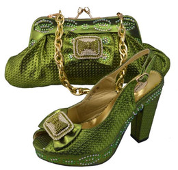 Wholesale shoes bag sets - High class women pumps with rhinestone and bowtie african shoes with bag sets for dress JB07 green, heel 9cm