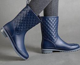 Wholesale Wholesale Women Rain Boots - Wholesale- Hight Quality Waterproof Rubber Rainboots 2016 Women Fashion High Galoshes Woman Low Heels Rain Boots Water Shoes Mujer Botas