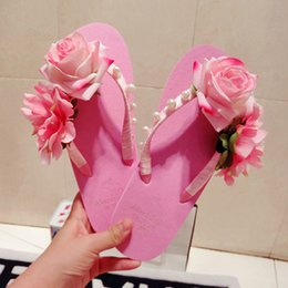 Wholesale Thick Floral Heels - Wholesale-Cute pink flowers slippers summer thick bottom fashion tide beach pearl sandals flat handmade women flip flops