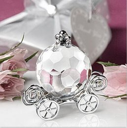 Wholesale Crystal Figurines Wholesale - Solid color Crystal Pumpkin Carriage Figurines With Gift Box Crafts Art&Collection Baby Shower Gift Souvenir Home Wedding Decoration