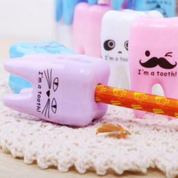 Wholesale Dental Children - Wholesale- 3pcs lot Lovely Unique Cute Tooth Teeth Pencil Sharpener School Kid's children Favorite Beautiful stationary dental clinic gift