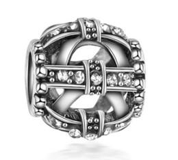 catena del branello di natale all'ingrosso Sconti Adatto per il braccialetto in argento sterling Natale creativo farfalla di cristallo perline di fascini per la catena europea di fascino del serpente gioielli moda fai da te all'ingrosso