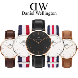 Wholesale Gifts Free Delivery - New Daniel watches Luxury Brand Famous men Watch Women Watches waterproof Fashion Leather Quartz Watch watch montre Femme Gift free delivery
