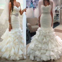 Wholesale Bridal Gown Belts Sashes - 2017 Wedding Dresses Sweetheart Beach Lace Up Ruffle Organza Skirt with Court Train Beaded Belt Bridal Gowns