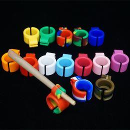 Wholesale Ring Cigarette Holder - Mini Pocket Silicone Cigarette Holder Tobacco Joint Holder Rings For Regular Size Cigarette Smoking Accessories Camo Rasta Multi Colors