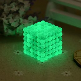 Wholesale Glow Magnetic - Glowing In The Dark Buckyballs Magnetic Cube For Child Education Puzzle Buck Ball Toy Fluorescence 5mm Cubes Creative OTH628