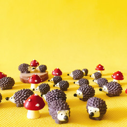 Wholesale Cute Figurines Wholesale - 30Pcs hedgehog with mushrooms cute animal fairy garden gnome moss terrarium crafts bonsai home table decor diy supplies figurine