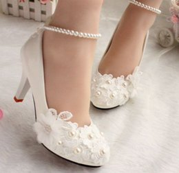 Wholesale Heel Anklets - new design ivory lace low high heels flowers pearls anklet woman bridal shoe dress proms party pumps