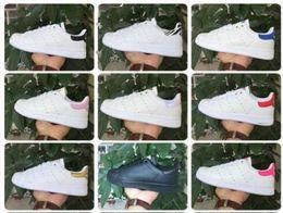 En kaliteli kadın erkek yeni stan ayakkabı moda smith sneakers casual JK077 deri spor koşu ayakkabıları nereden ucuz artı boyutu moda üstleri tedarikçiler