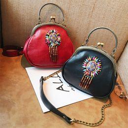 Wholesale Folk Artwork - 2017 new fashion handbags fashion folk style color beads Shoulder Bag Messenger Bag Handbag clip bag wholesale