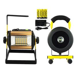 Carregador de destaque on-line-Recarregável LEVOU Holofotes Holofotes Luzes de Trabalho Ao Ar Livre Iluminação para Camping Car Reparação de Emergência com Carregador de Baterias DHL CE ROSH