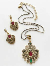 Wholesale East Relief - Classic Stone Jewelry Bucolic ZInc Metal Ornaments Relief Style Pendant Necklace With Earrings Filigree Floral Casting Jewelry Set