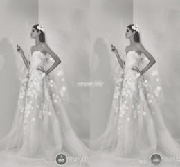 elie saab frühling brautkleid Rabatt Strand Boho 2019 neue Elie Saab Brautkleid eine Linie 3D handgefertigten Blumen Tüll Sexy Schatz schönen Frühling lange Brautkleider