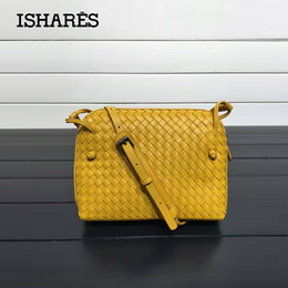 Wholesale Handbag Multi Color Leather - Wholesale- ISHARES Sheepskin 6 Color Woven Luxury Handbags Women Girls Handmade Bags Designer Top Quality Sweet Gift Fashion IS8007
