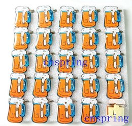 Wholesale Flash Badges - New Cartoon 25pcs set beer bottle PVC LED Badge Flashing Brooch,Children Party Halloween Decoration p--9