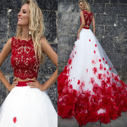 Wholesale red buttom - 3D Flower Bohemia White Red Lace Tank Wedding Dresses Beach Two Pieces Beach Wedding Gowns Vestido De Noiva Buttom Romantic
