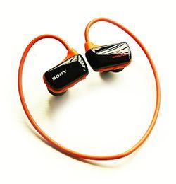 Wholesale Swim Mp3 8gb - Wholesale- New Sport MP3 Player Headphone W273S Real 8GB wireless Running Earphone MP3 Music Player IPX5 micro USB no swimming