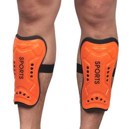 protetores de espuma Desconto Atacado- 2017 New Ultra Light Plate Proteção de Espuma Suave Joelho Caneleiras Pads Futebol Esportes Protetor de Perna para Adulto Adolescente