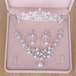 Wholesale Pearl Earrings Bridesmaids - Rhinestones Pearls Wedding Bridal Jewelry Cheap Bridal Jewelry Set 2017 Bridesmaid Crystal Jewelry For Party Necklace & Earrings & Tiaras