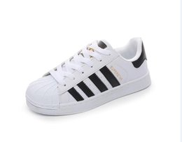 Wholesale Female Toe - FREE SHIPPING Fashion mens smith Casual shoes Superstar Female Flat Shoes Women Zapatillas Deportivas Mujer Lovers Sapatos Femininos shoes