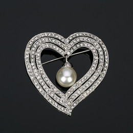 Wholesale pear shaped women - New Fashion pear big Brooch for Women Austrian Rhinestone Brooches Heart shaped Wedding Party Accessories BR007