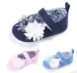 Wholesale Girls Flower Bedding - Infant shoes baby girls stereo flowers princess shoes baby soft bottom bed footwear Newborn casual single shoes baby first walking