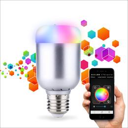 fcc phone Скидка Светодиодные Bluetooth-динамик Умный свет лампы 6 Вт мини беспроводная портативная Dimmable цвет лампы Е27 аудио динамик для Android iOS телефон