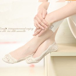 Wholesale Sexy Low Cut Socks - Wholesale- 1PAIR NEW KOREAN WOMEN SEXY ELASTIC COTTON LACE ANTISKID INVISIBLE LOW CUT SOCKS HOT SALE