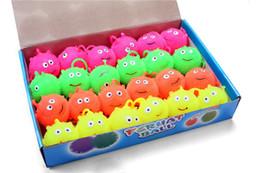 Salto de goma online-4 colores flash LED bolas hinchables que brilla intensamente sonrisa de goma suave pelota de juguete luminoso para el partido suministra juguetes de bola mullida de salto T004