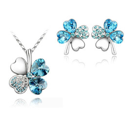 Wholesale Clover Earrings Austrian Crystal Necklace - free shipping gifts Austrian Crystal Clover 4 four Leaf White Gold Plate green crystsal Necklace Earrings Jewelry accessories