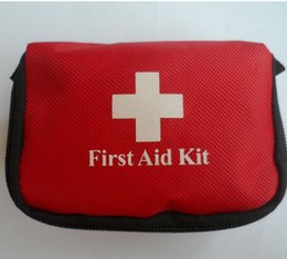 Wholesale Easy Deal - First Aid Kit Outdoor Emergency Life Saving Bag Trauma Deal With Convenient Medical Package Mini Very Low Prices Easy To Carry 5zz I1