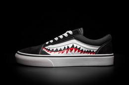 Wholesale Custom Skate - 2017 New Men Women Sharktooth Custom Skate Board Shoes Ladies Unisex Lovers Fashion Canvas Sneakers 4.5-10.5