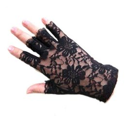 Wholesale Fingerless Fashion Gloves - Wholesale- 2016 Women vintage Amazing Goth Party sunscreen Sexy Dressy Lace Gloves anti-uv Mittens Fingerless Style